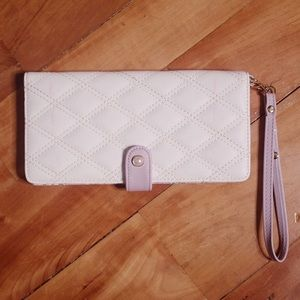 🎀 3/$30 Bizou White Purple Wallet/Passport Holder